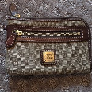 Dooney & Bourke mini wallet